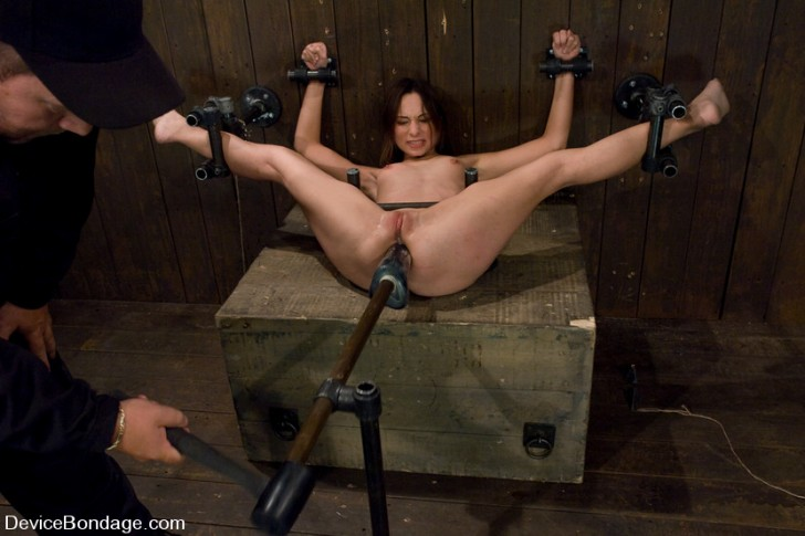 Amber Rayne on Device Bondage 2